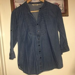 Chambray 3/4 Sleeve Button-Down